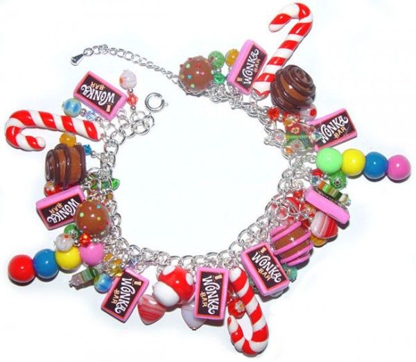 Bracelet containing handmade Fimo Beads
