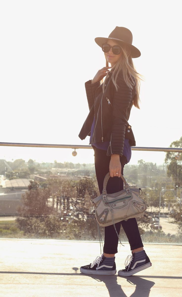 iMyne Fashion: Zappos Appreciation | Ash N' Fashn. Converse. Navy blue converse. Outfit idea. Fall Fashion.