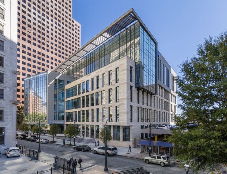 Georgia State University's new 200,000-sf College of Law building occupies an extremely prominent site in …