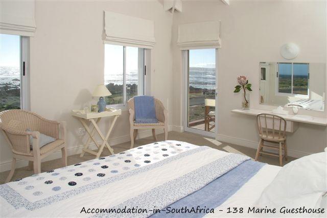 138 Marine Beachfront Guesthouse. Hermanus Accommodation. Accommodation in Hermanus. Guesthouse accommodation Hermanus.