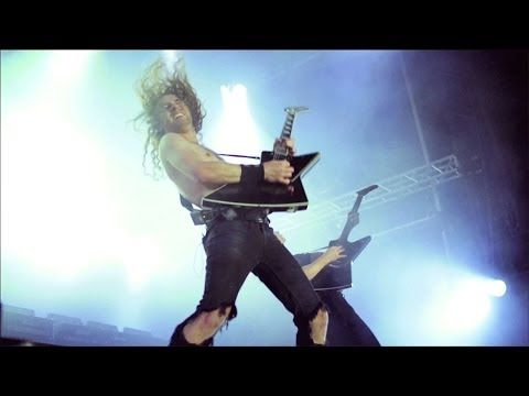▶ Airbourne - Back In The Game (OFFICIAL VIDEO) - YouTube