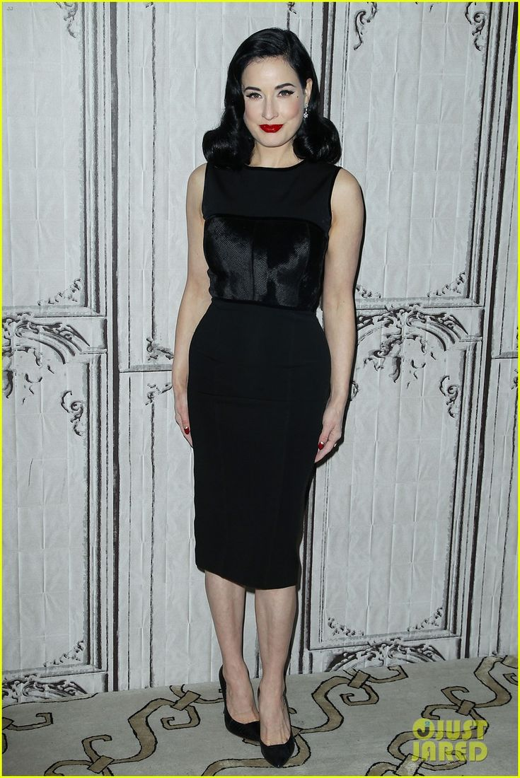 Dita Von Teese in an Herve L. Leroux dress with Palter DeLiso heels.