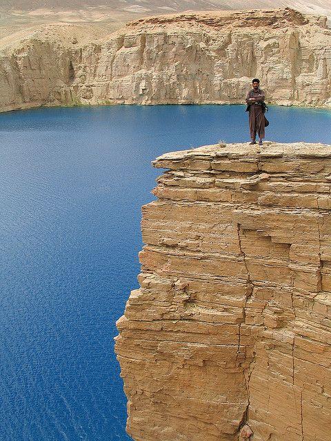 Band-e-Amir lakes, near Bamiyan, Afghanistan (by vonbergen.net).
