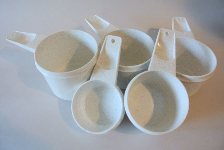 Vintage Tupperware, Measuring Cups, Set Of Measuring Cups, Speckled Measuring Cups by DomesticTitanVintage on Etsy