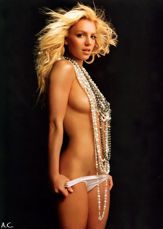 like this idea for a photo shoot all the pearls