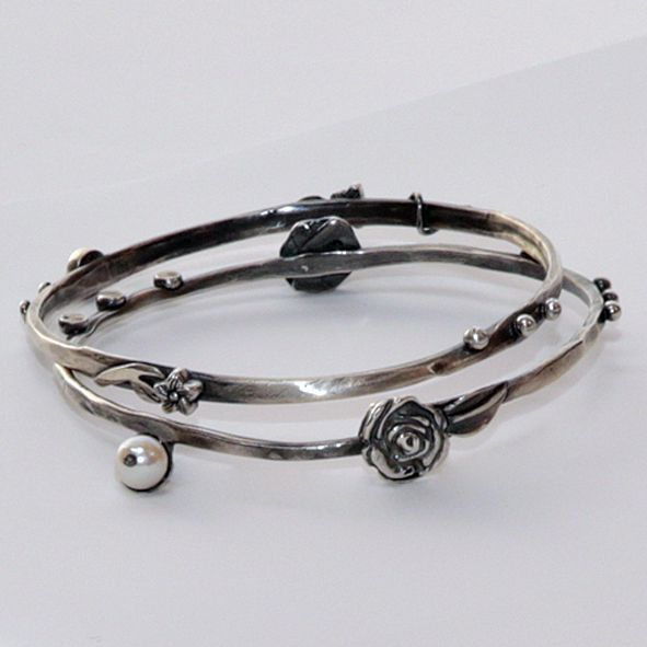 Most beautiful Silver bangles with vintage detail