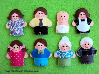 family finger puppets It would be fun to make them look similar to actual people in their family