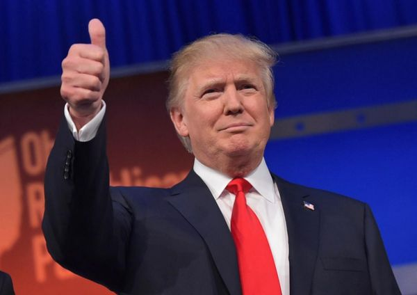 A Nigerian Congratulates Donald Trump With A Full Page Newspaper Advert{Photo}   Donald T  A Nigerian man congratulated Donald Trump with an advert of a full page on a Punch Newspaper today. Donald Trump defeated his closest rival Hillary Clinton for the US presidency. The election was held on Tuesday November 7.  See Pic Below:  LATEST NEWS Slider