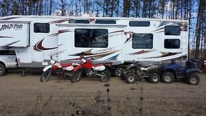 2010 Raptor 3812 - 40' Toy Hauler 12' Garage Strathcona County Edmonton Area image 1