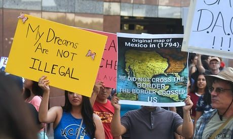 #Trump set to announce Dreamers compromise that may please no one https://www.theguardian.com/us-news/2017/sep/04/donald-trump-daca-dreamers-repeal-announcement