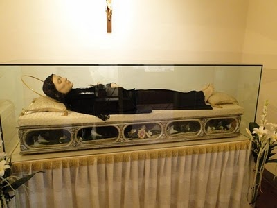 St. Gemma Galgani~St. Gemma : Patron saint of those with back and spinal injuries. What a great saint. Read about her here. Saints Padre Pio and Maximilian Kolbe had a devotion to her along with 5 popes, Mother Angelica, Blessed Alexandrina, and so many others -- a saint for our time.