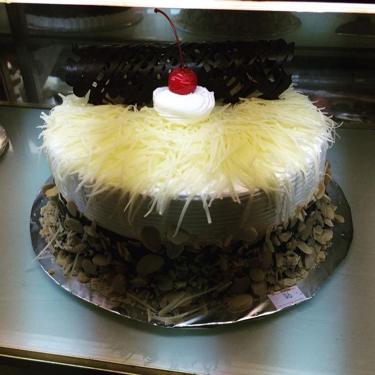 Cheese Cake D18 280rb Kue Ulang Tahun Ulang Tahun