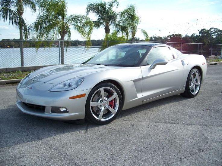 2008 Silver 6spd 3LT Coupe25,000 Miles 2008 Corvette