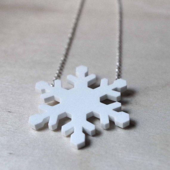 Collana con cristallo di neve ciondolo fiocco di di DARQCREATIONS
