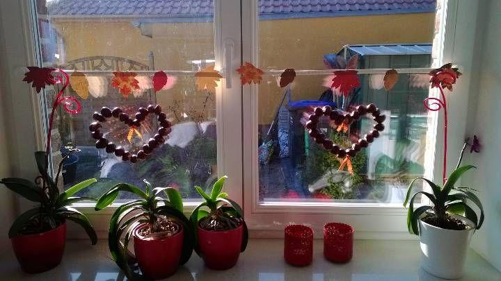 Fensterdeko herbst fensterdeko pinterest for Fensterdeko herbst