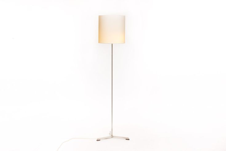 Dutch design vintage floor lamp by Willem Hagoort - Vintage Furniture Base