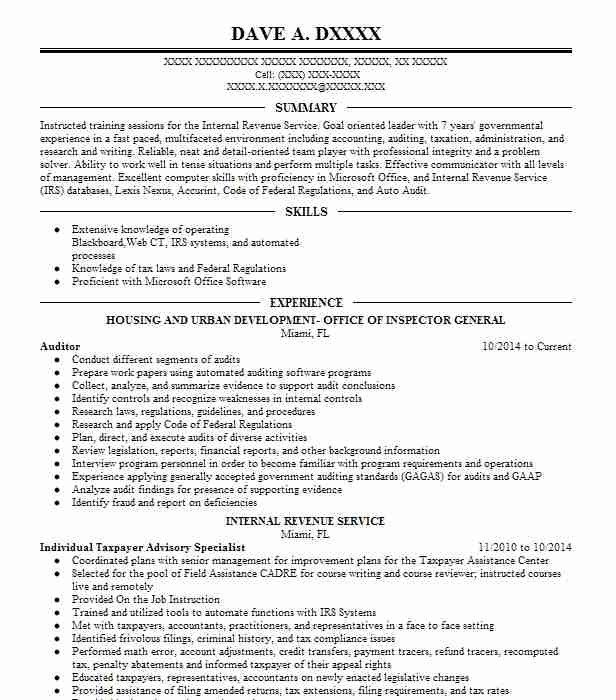 Eye Grabbing Auditor Resumes Samples Livecareer Cv Template Resume Template Resume Design Template