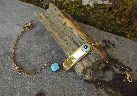 Check out this item in my Etsy shop https://www.etsy.com/listing/536401361/evil-eye-braceletgold