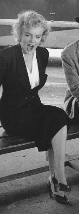 Marilyn Monroe- the side we never saw, still beautiful and amazing