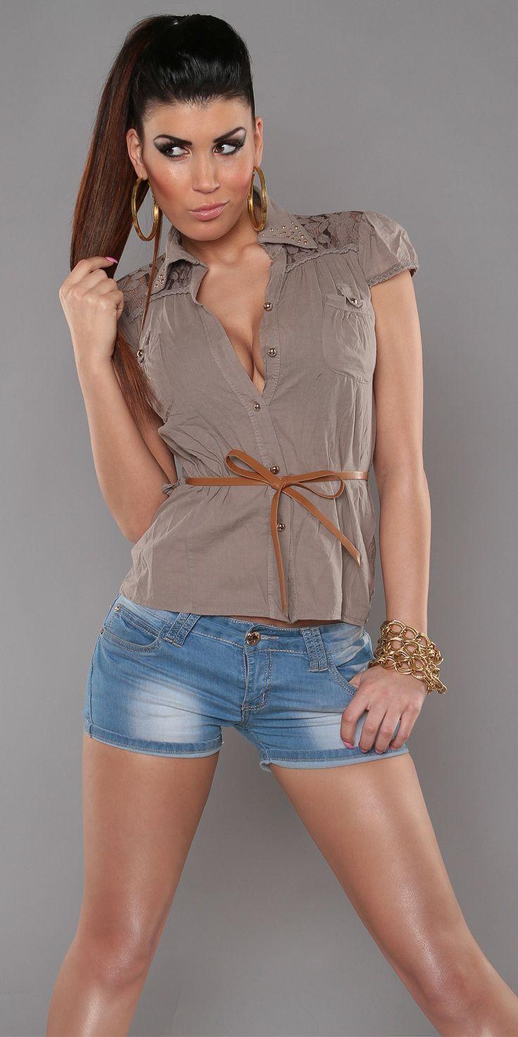 Chemise avec dentelle et ceinture