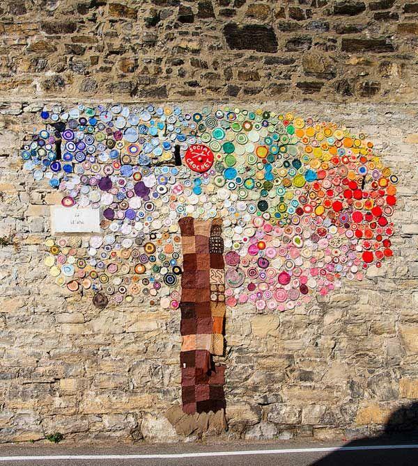 Sanatlı Bi Blog Kamusal Alanları Örgü İplikleriyle Bombalayan Sokak Sanatı: 'Yarn Bombing' 24