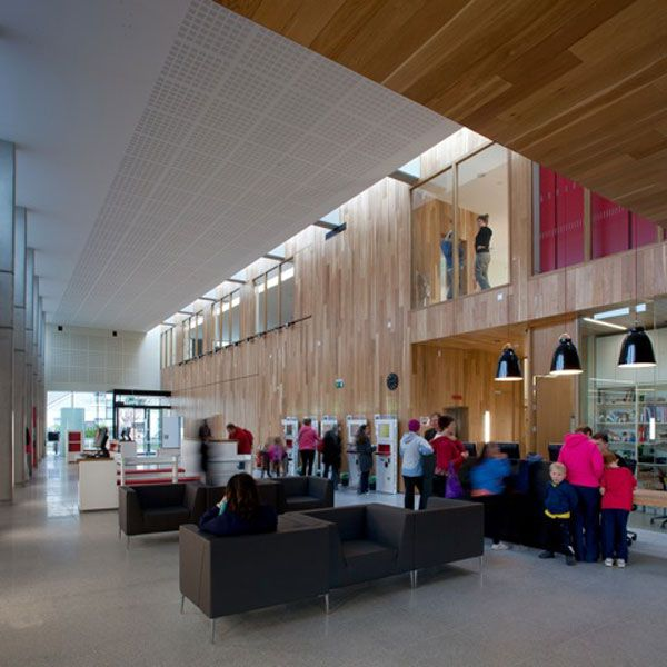 This new internal street is a place to gather, check in or out a book, reading, gathering and to allow unrestricted access to information in a range formats and sources.