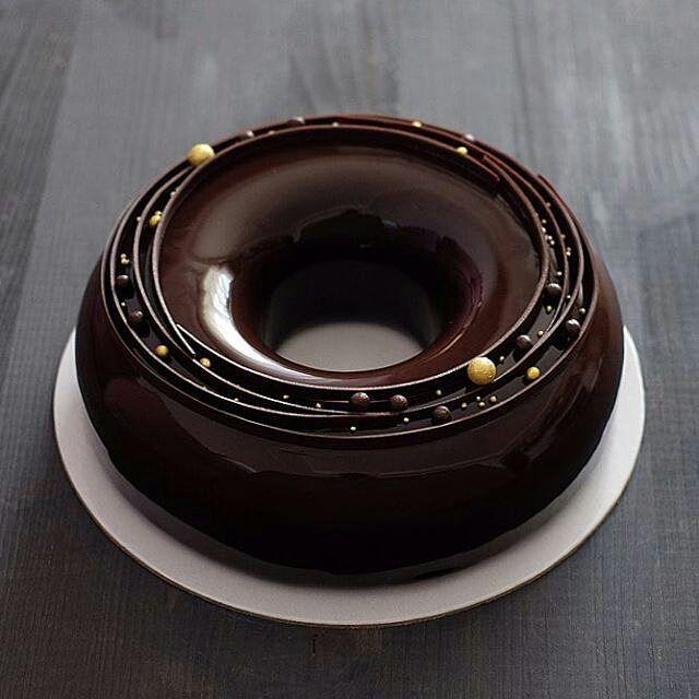 @arezunova #chocolatejewels #σοκολάτα #chocolate #chocolat #schokolade…