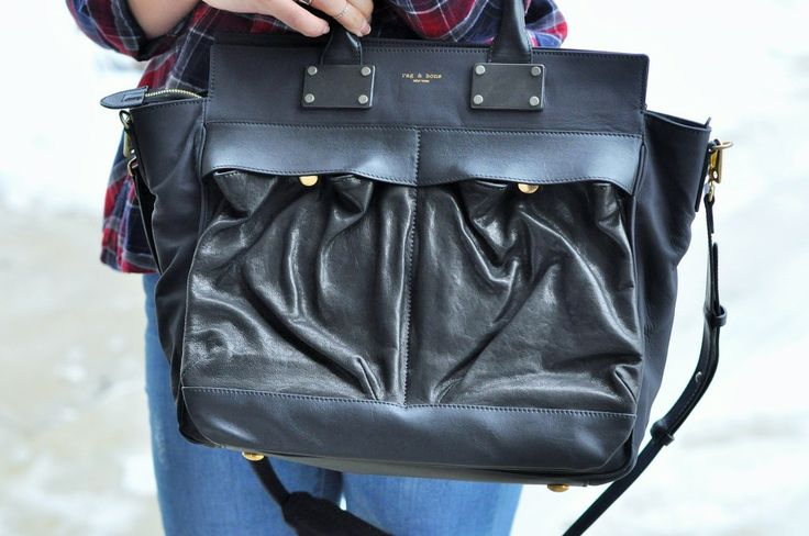 Large leather Pilot Bag from Rag & Bone: the perfect everyday bag!