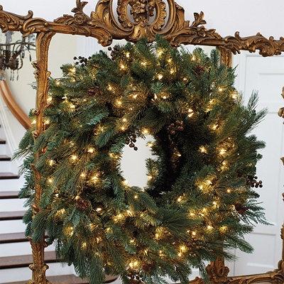 Pre-lit Majestic Christmas Wreath