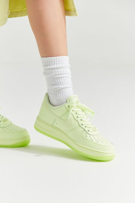 huge discount a2d5e 3a341 Nike Air Force 1  07 Essential Sneaker
