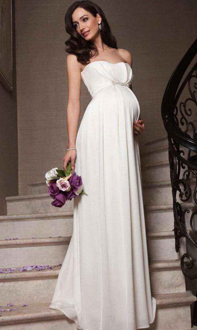Красивые свадебные платья для беременных - http://1svadebnoeplate.ru/krasivye-svadebnye-platja-dlja-beremennyh-3664/ #свадьба #платье #свадебноеплатье #торжество #невеста