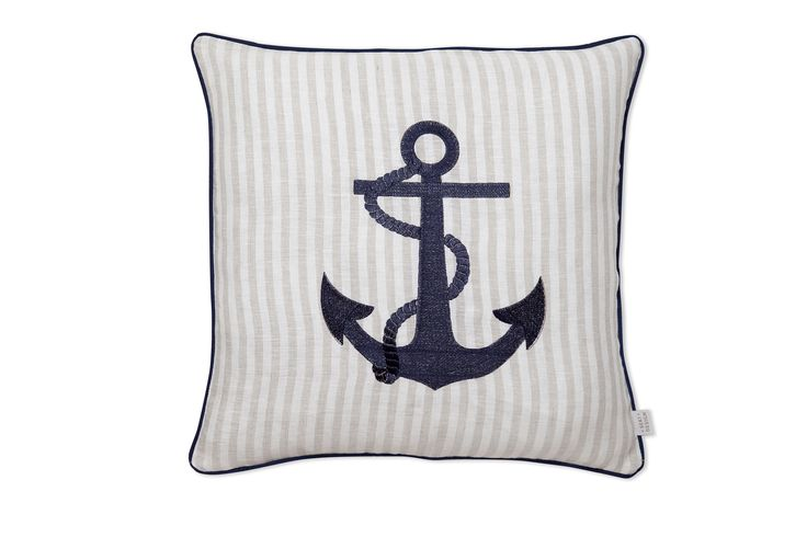 Decorative Pillows For Yachts : Decorative throw pillow for boats, cruises. Designed with marine theme cushions. SEKI CRUISE ...