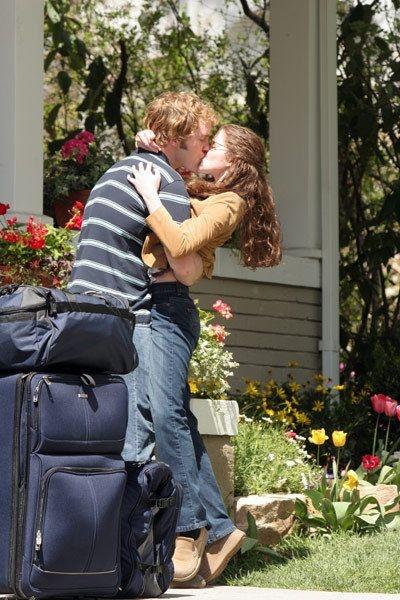 Everwood - Chris Pratt & Sarah Drew as Bright & Hannah ...