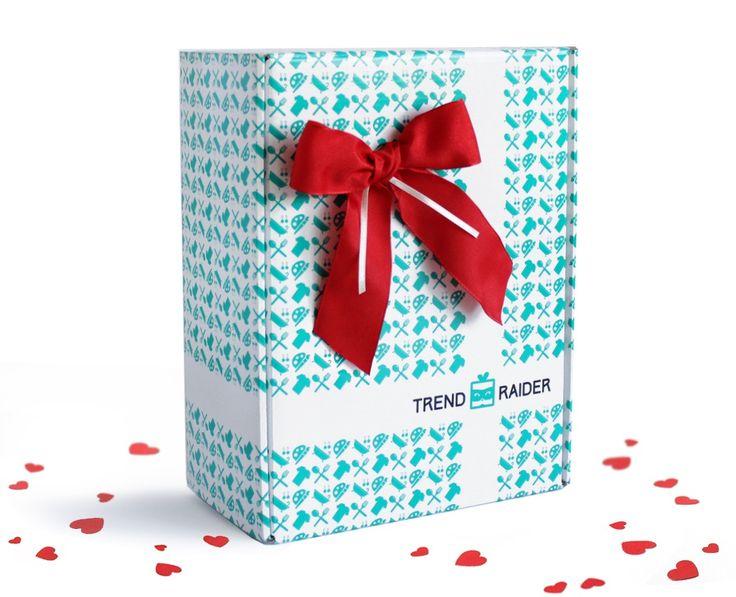 Wir gehen einmal für dich auf die Jagd nach tollen Trendprodukten und stellen dir eine GeschenkBox nach deinen Wünschen zusammen. Es erwarten dich tolle Lifestyle-Produkte aus unseren Kategorien: Fashion, Accessoires, Feinschmecker, Wellness und Design. Jede…