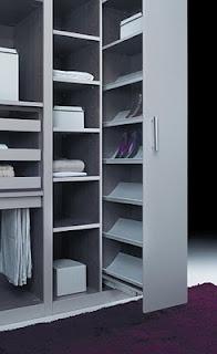 Zapatero integrado en vestidor