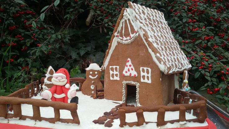 casa di Babbo Natale, realizzata in pan di zenzero