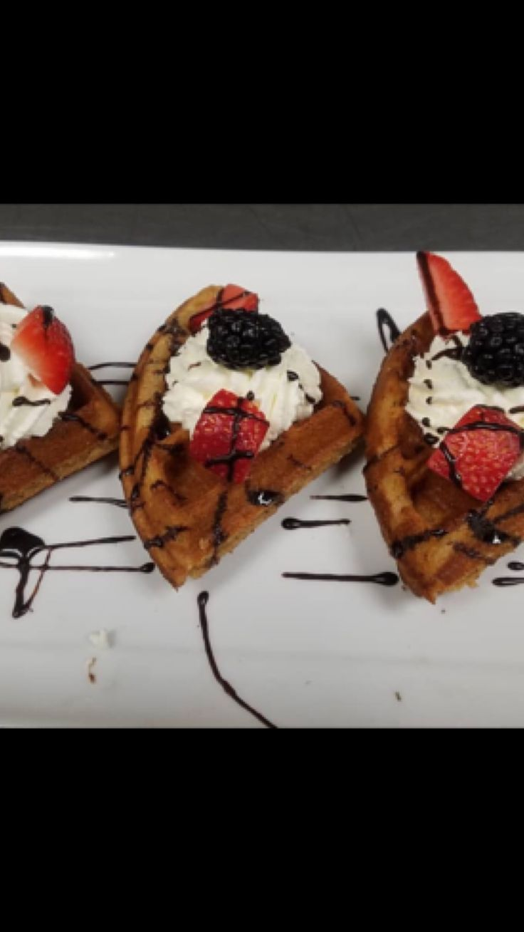 Craving something different this morning? Let Lucky's Waffles make you breakfast! Live in Costa Mesa? We deliver right to you! Go online or call (714)824-4412 to place your orders