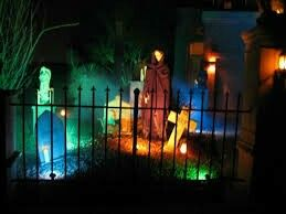 Lighting tips on this link from Halloween Forum. Never thought these colored lights would work for a graveyard but they glow eerily. & 118 best Halloween Lights images on Pinterest | Halloween prop ...