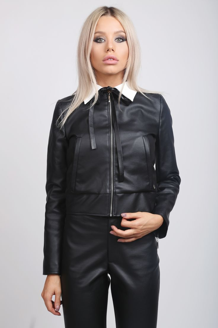 White Collar Jacket! Eco Leather Jacket! http://www.noire.ro/product/cigarette-leather-pants/