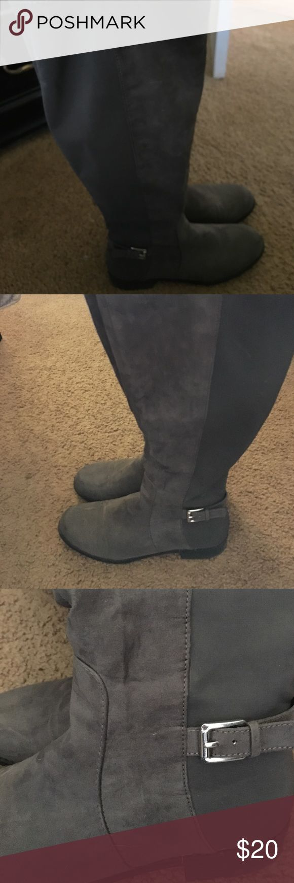 Grey knee high boots Grey knee high with silver buckle accent. 20 inches tall Shoes Over the Knee Boots