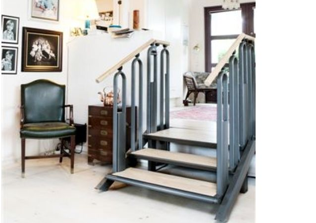 Easystep convert from syeps to wheelchair lift disabled for Wheelchair accessible house plans with elevator