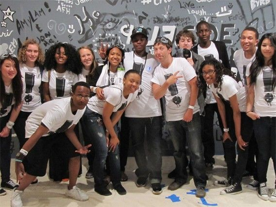 The Museum of Fine Arts, Boston (MFA) offers unique opportunities for teens to work and gain valuable experience in a vibrant and creative environment. MFA offers opportunities for teens to work as teen visitor aides or teen program assistants. Applications for the summer are open at the link.