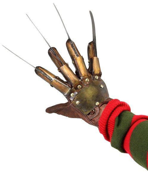 Pré-Encomenda:  A Nightmare On Elm Street 3 Replica 1/1 Freddy´s Glove  Para mais informações clica no seguinte link: http://buff.ly/1fhTc4I  #ToyArt #NECA #NOES #Freddy