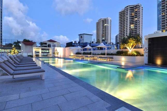 Above Hilton Hotel   H Luxury Residences - Surfers Paradise - Gold Coast, QLD 200aud pn