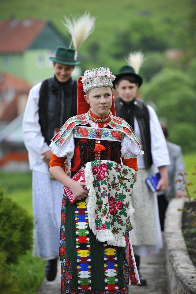 Kalotaszegi népviselet - MTI Fotó: Czeglédi Zsolt