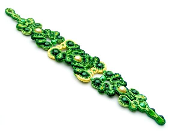 Sutasz-Anka: Absynth - bracelet http://www.soutage.com/2012/07/absynth-bransoletka.html#more