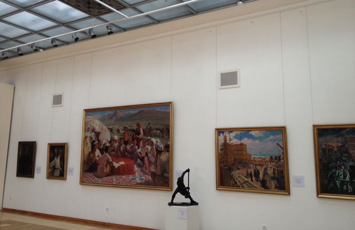 National-Museum-of-Art  Artiteq Picture Hanging Systems