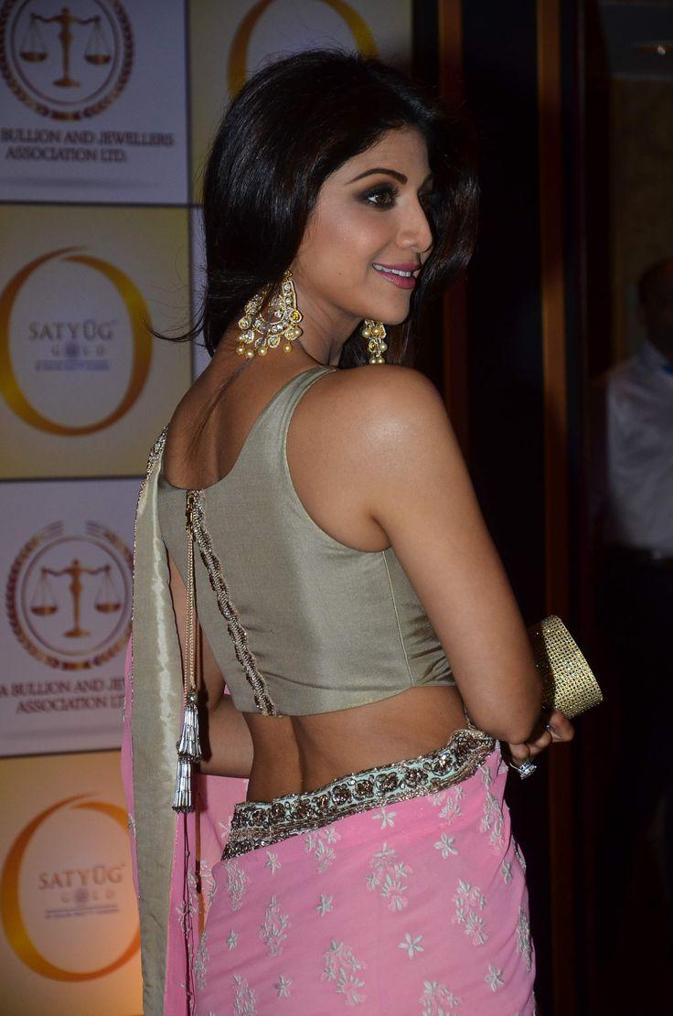shilpa shetty in sleeveless deisgner saree blouse
