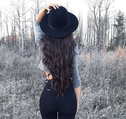hair, style, and hat kép