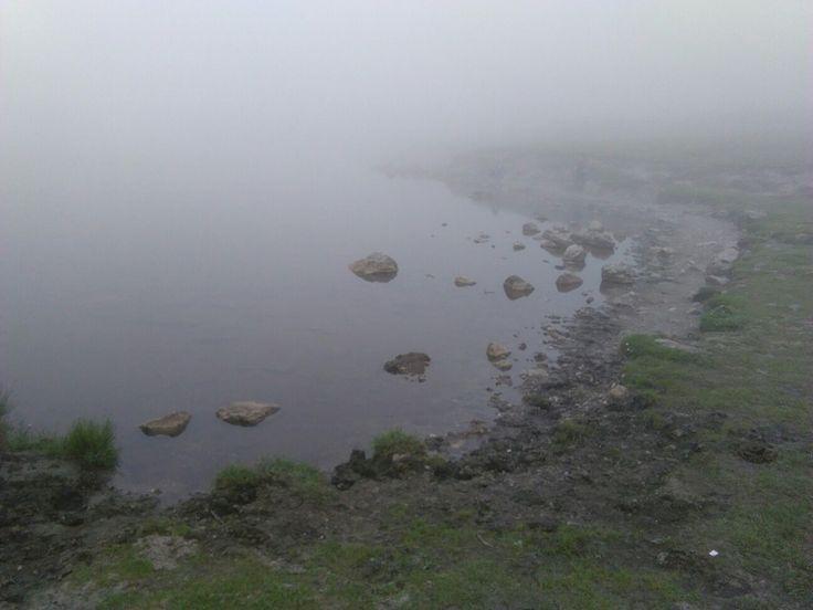 Lago Ercina, con niebla